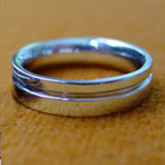 grooved wedding rings